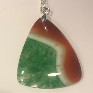 Green and orange agate necklace